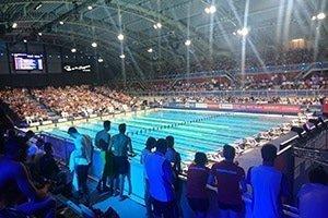Stadion-vanuit-zwemmers